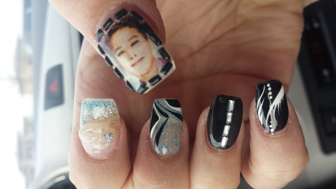 Have you ever got your nails done before overseas? What was your experience  like? If you would like to hear my expereince in getting my nails done in  Japan, ... - G-Dragon Nail Art